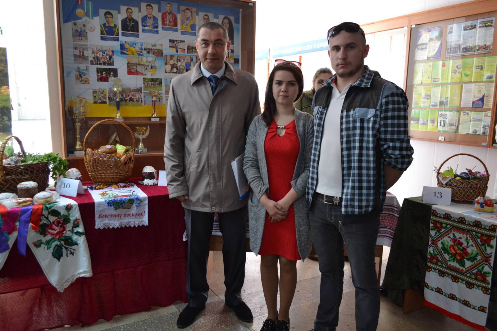 В уманському університеті відбувся конкурс «Кращий Великодній кошик»